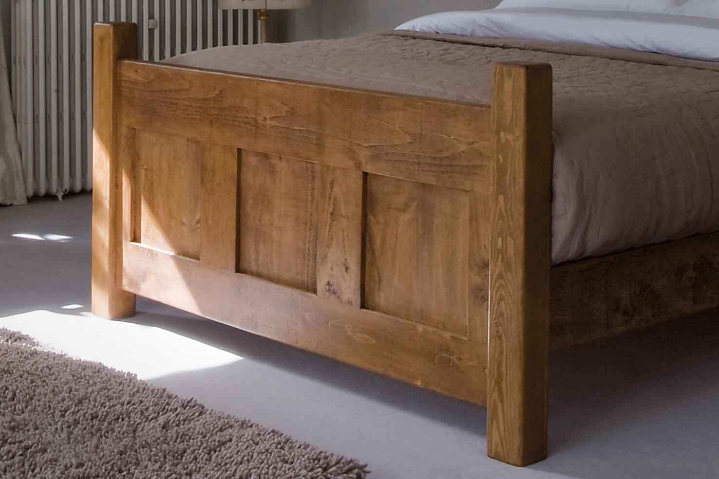 Hạ giá giường gỗ khi sử dụng gỗ ghép