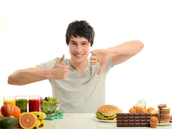 Chế độ dinh dưỡng, vận động hợp lý cho người bị khó thở, tức ngực