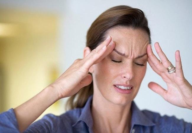 Cảnh giác với hiện tượng đau giật nửa đầu bên phải