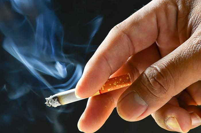 Hút thuốc lá sẽ khiến bạn bị yếu sinh lý