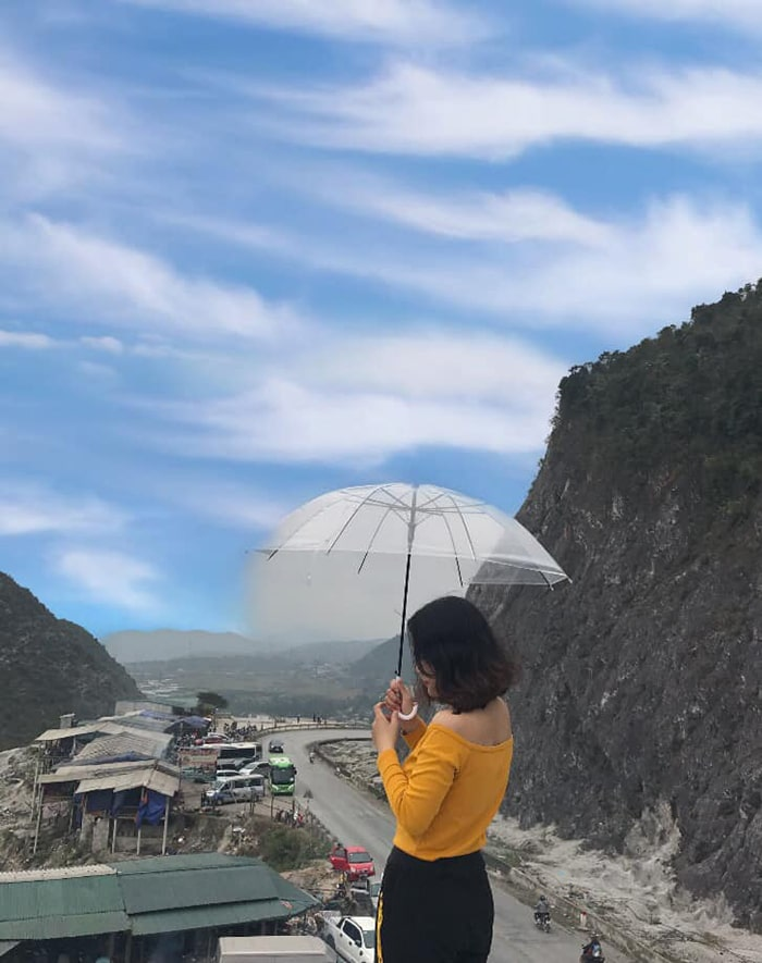Checkin trên đèo Thung Khe