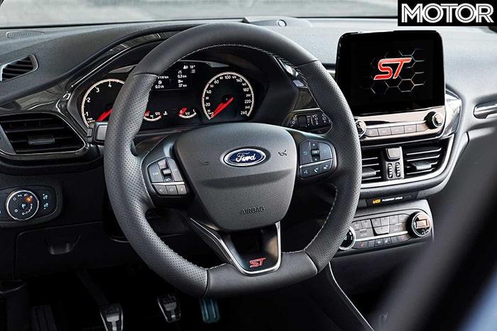 Nội thất bên trong Ford Fiesta