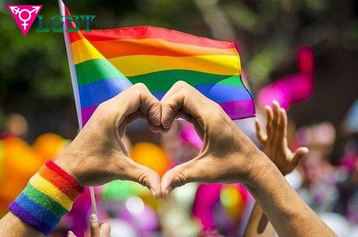 Hủ nữ phần lớn ủng hộ LGBT