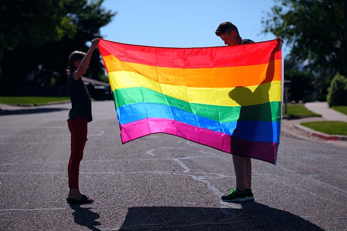 Đồng tính không chỉ biểu hiện ở vẻ bề ngoài